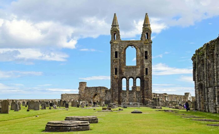 1 Day Dunfermline, St Andrews, And Dundee Tour