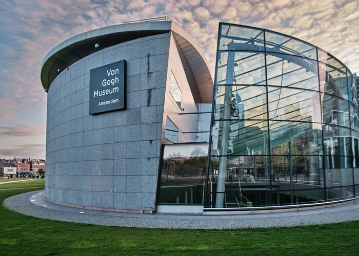 Van Gogh Museum: Skip-the-Line Private Guided Tour